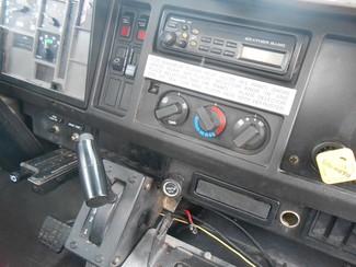 2002 International 4800 DT466E Fayetteville , Arkansas 4