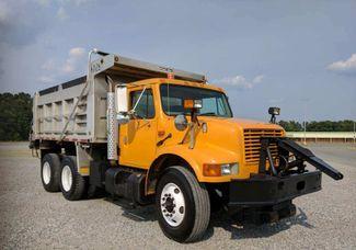 2002 International 4900 TANDEM AXLE DUMP TRUCK  PRICE REDUCED 6X4  DT530 8.7L DIESEL Richmond, Virginia 7