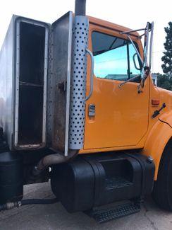 2002 International 4900 TANDEM AXLE DUMP TRUCK  PRICE REDUCED 6X4  DT530 8.7L DIESEL Richmond, Virginia 15