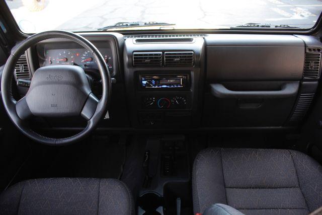 2002 Jeep Wrangler Sport 4X4 -TIRE & WHEEL GROUP! Mooresville , NC 22