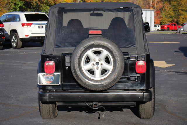2002 Jeep Wrangler Sport 4X4 -TIRE & WHEEL GROUP! Mooresville , NC 16