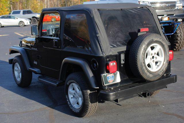 2002 Jeep Wrangler Sport 4X4 -TIRE & WHEEL GROUP! Mooresville , NC 21