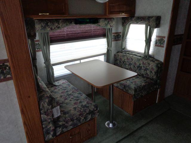 2002 Keystone Cougar 246EFS Mandan, North Dakota 2