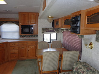 2002 Keystone Montana 2850RL Mandan, North Dakota 4