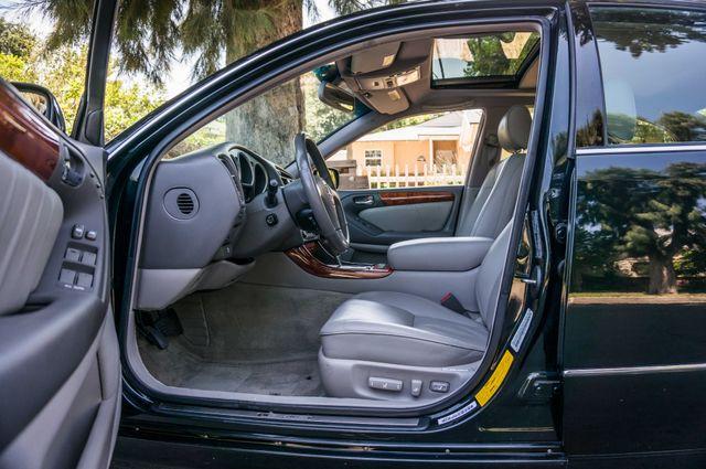 2002 Lexus GS 430 - NAVI - PREMIUM - MARK LEVINSON SOUND Reseda, CA 35