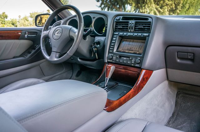 2002 Lexus GS 430 - NAVI - PREMIUM - MARK LEVINSON SOUND Reseda, CA 38