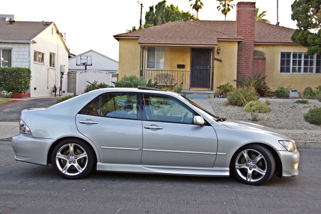 2002 Lexus IS 300 SPORT AUTOMATIC XENON MOONROOF HEATED SEATS ALTEZZ PKG XLNT CONDITION Woodland Hills, CA 11