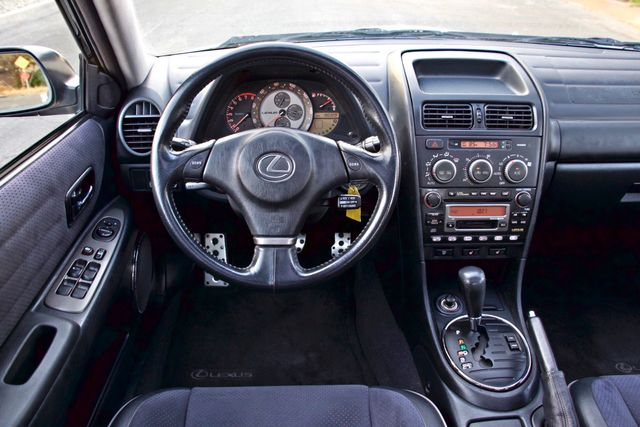 2002 Lexus IS 300 SPORT AUTOMATIC XENON MOONROOF HEATED SEATS ALTEZZ PKG XLNT CONDITION Woodland Hills, CA 28