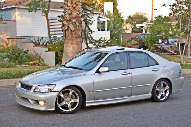 2002 Lexus IS 300 SPORT AUTOMATIC XENON MOONROOF HEATED SEATS ALTEZZ PKG XLNT CONDITION Woodland Hills, CA 4