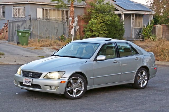 2002 Lexus IS 300 SPORT AUTOMATIC XENON MOONROOF NAVIGATION SERVICE RECORDS NEW TIRES! Woodland Hills, CA 1