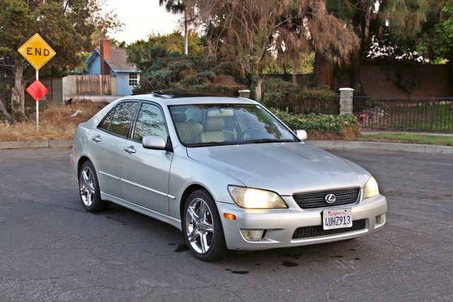 2002 Lexus IS 300 SPORT AUTOMATIC XENON MOONROOF NAVIGATION SERVICE RECORDS NEW TIRES! Woodland Hills, CA 7