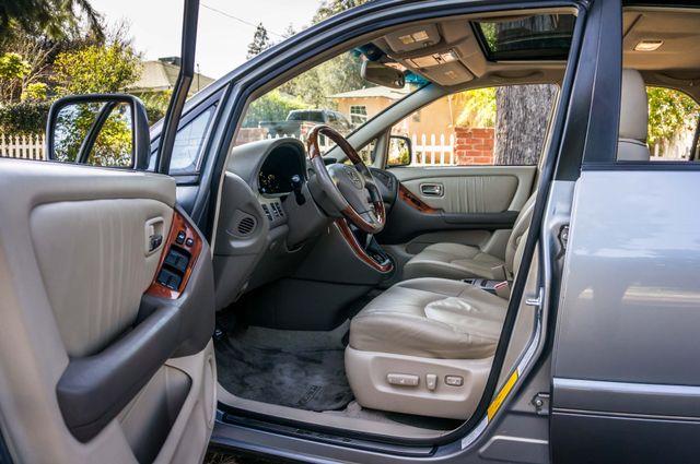 2002 Lexus RX 300 Reseda, CA 12