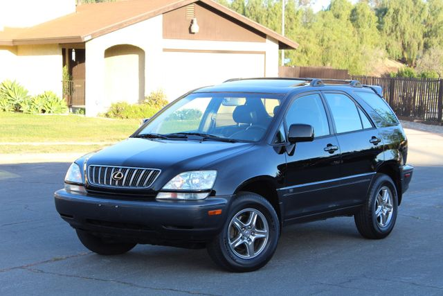 2002 Lexus RX 300 SPORT UTILITY AUTOMATIC 1-OWNER SERVICE RECORDS NEW TIRES! Woodland Hills, CA 1