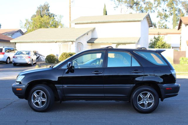 2002 Lexus RX 300 SPORT UTILITY AUTOMATIC 1-OWNER SERVICE RECORDS NEW TIRES! Woodland Hills, CA 3