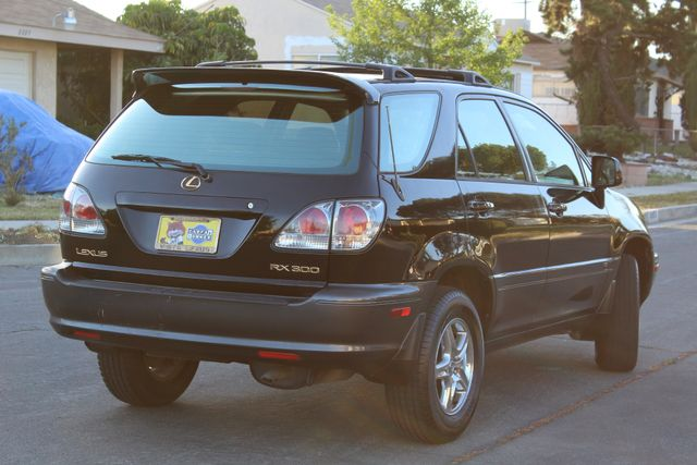 2002 Lexus RX 300 SPORT UTILITY AUTOMATIC 1-OWNER SERVICE RECORDS NEW TIRES! Woodland Hills, CA 6