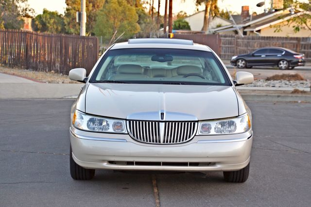 2002 Lincoln TOWN CAR CARTIER ONLY 78K MLS AUTOMATIC NEW TIRES 1-OWNER Woodland Hills, CA 9