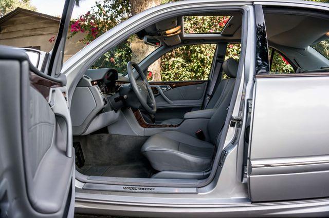 2002 Mercedes-Benz E430  AUTO - 67K MILES - SPORT PKG Reseda, CA 33