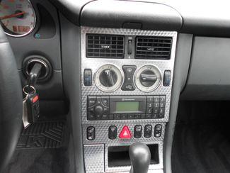 2002 Mercedes-Benz SLK230 2.3L Kompressor Memphis, Tennessee 8