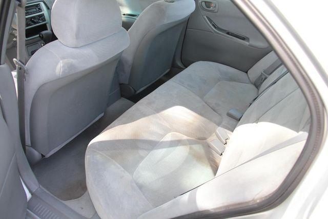 2002 Mitsubishi Galant ES Santa Clarita, CA 16