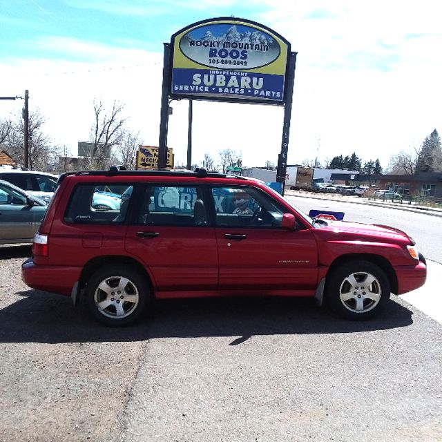 2002 Subaru Forester S w/Premium Pkg! REBUILT ENGINE!!! Golden, Colorado 0