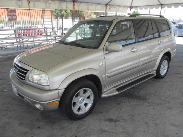 2002 Suzuki XL-7 Standard This particular Vehicle comes with 3rd Row Seat Please call or e-mail t