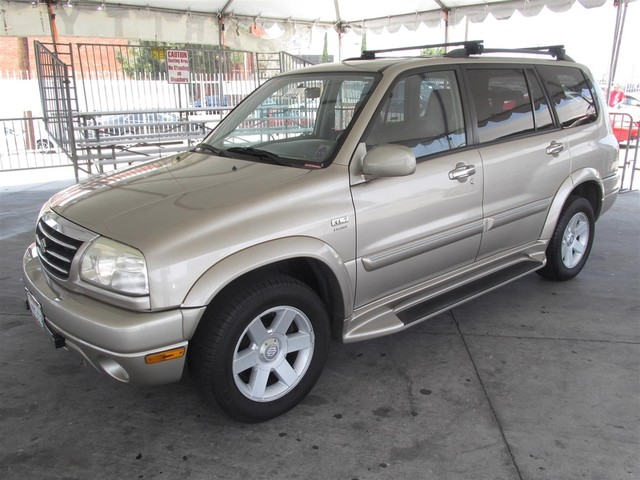 2002 Suzuki XL-7 Limited This particular Vehicle comes with 3rd Row Seat Please call or e-mail to