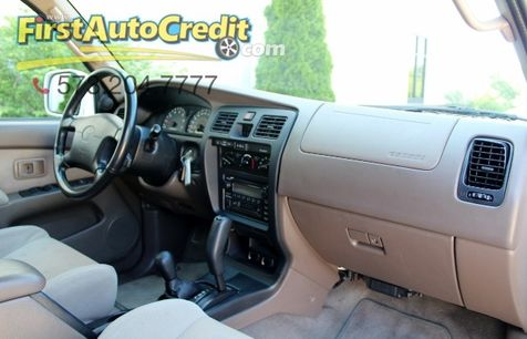 2002 Toyota 4Runner SR5 | Jackson , MO | First Auto Credit in Jackson , MO