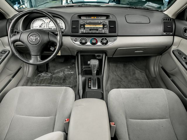 2002 Toyota Camry SE Burbank, CA 8