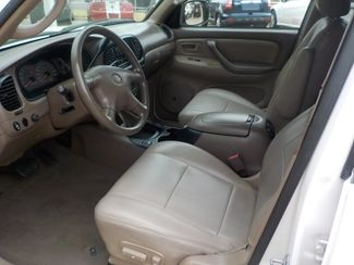 2002 Toyota Sequoia SR5 Fayetteville , Arkansas 6