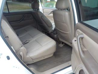 2002 Toyota Sequoia SR5 Fayetteville , Arkansas 9