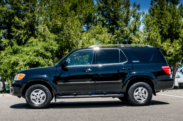 2002 Toyota Sequoia Limited - AUTO - SUNROOF - 3RD ROW - 1-OWNER Reseda, CA 5