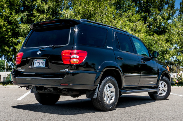 2002 Toyota Sequoia Limited - AUTO - SUNROOF - 3RD ROW - 1-OWNER Reseda, CA 9