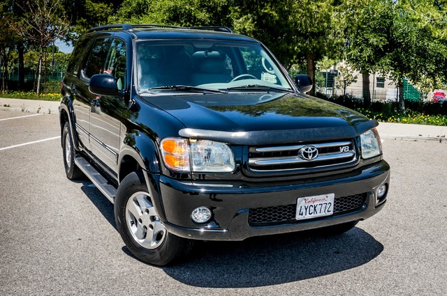 2002 Toyota Sequoia Limited - AUTO - SUNROOF - 3RD ROW - 1-OWNER Reseda, CA 40