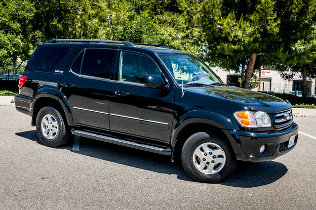 2002 Toyota Sequoia Limited - AUTO - SUNROOF - 3RD ROW - 1-OWNER Reseda, CA 43