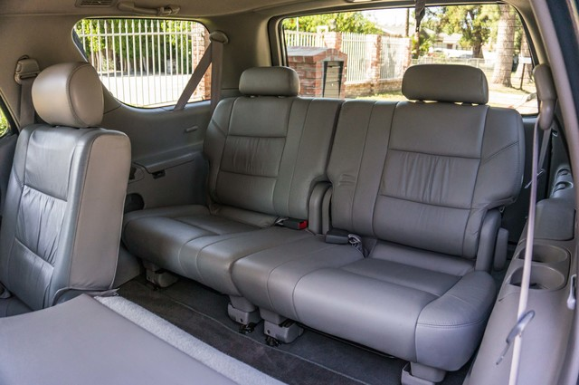 2002 Toyota Sequoia Limited - AUTO - SUNROOF - 3RD ROW - 1-OWNER Reseda, CA 25