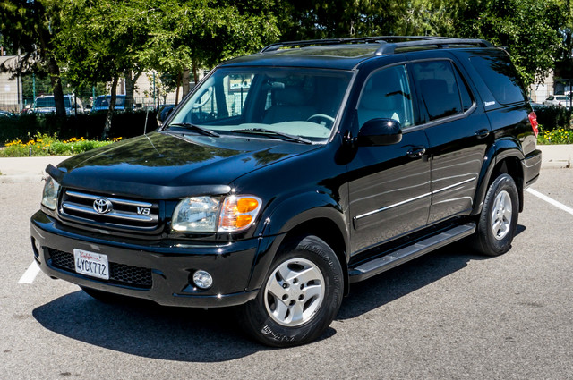 2002 Toyota Sequoia Limited - AUTO - SUNROOF - 3RD ROW - 1-OWNER Reseda, CA 1