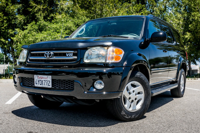 2002 Toyota Sequoia Limited - AUTO - SUNROOF - 3RD ROW - 1-OWNER Reseda, CA 38