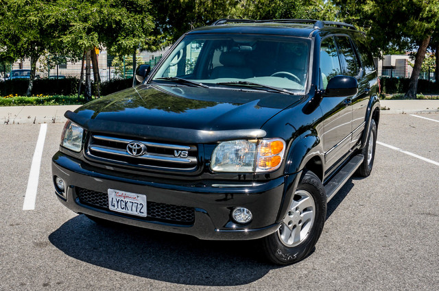 2002 Toyota Sequoia Limited - AUTO - SUNROOF - 3RD ROW - 1-OWNER Reseda, CA 39