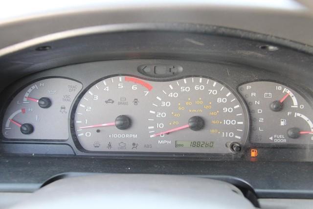 2002 Toyota Sequoia SR5 Santa Clarita, CA 18