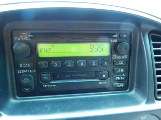 2002 Toyota Tundra SR5 4X4 Leesburg, Virginia 17