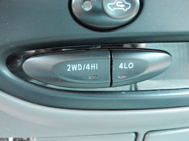 2002 Toyota Tundra SR5 4X4 Leesburg, Virginia 14