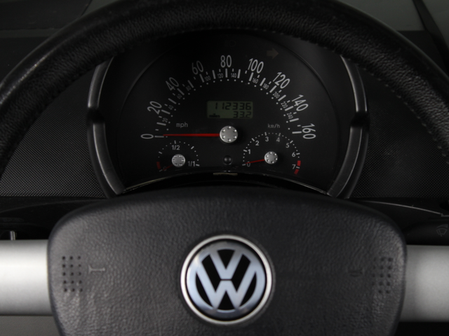 2002 Volkswagen New Beetle Sport Matthews, NC 16