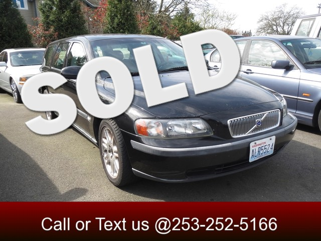 2002 Volvo V70 24T Want a smooth driving quite luxury wagon Click here This clean Carfax Vo