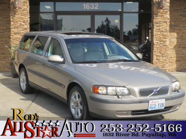 2002 Volvo V70 TurboCharged The CARFAX Buy Back Guarantee that comes with this vehicle means that