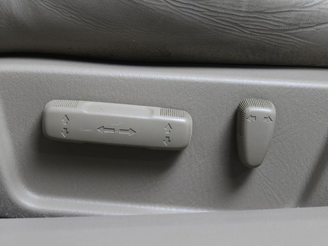 2003 Acura TL Type S w/Navigation System Matthews, NC 32