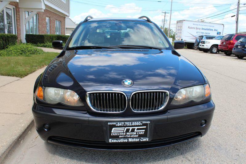 2003 BMW 325i   Lake Bluff IL  Executive Motor Carz  in Lake Bluff, IL