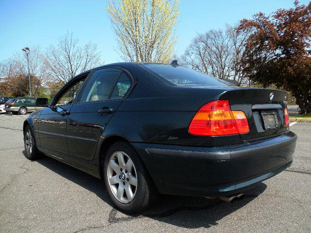 2003 BMW 325i Leesburg, Virginia 2