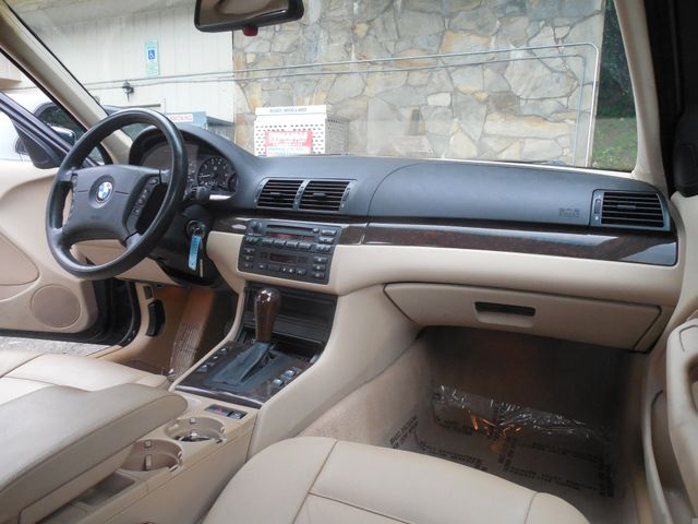 2003 BMW 325i Leesburg, Virginia 18