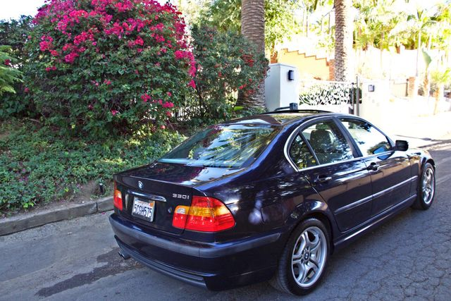 2003 BMW 330i SPORTS PKG AUTOMATIC ONLY 79K MLS XENON NEW TIRES! Woodland Hills, CA 4