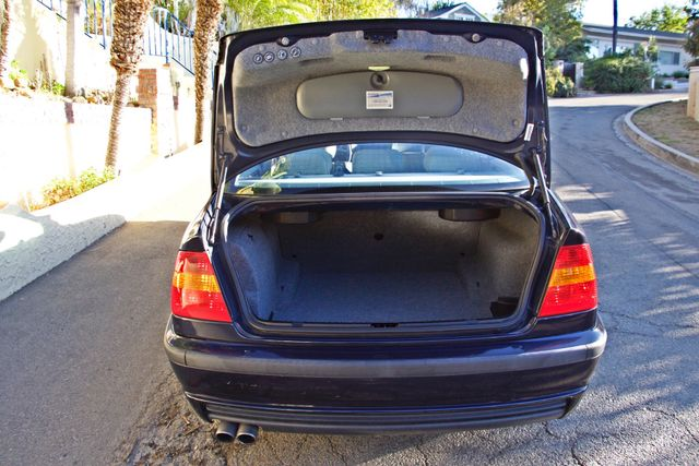 2003 BMW 330i SPORTS PKG AUTOMATIC ONLY 79K MLS XENON NEW TIRES! Woodland Hills, CA 12